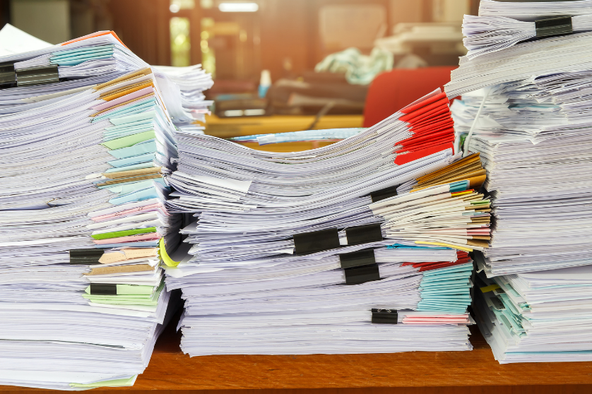 Use less paper with Microsoft 365 so your papers dont pile up